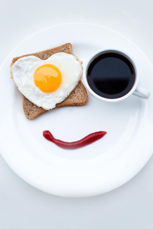 Breakfast Smile Wallpaper