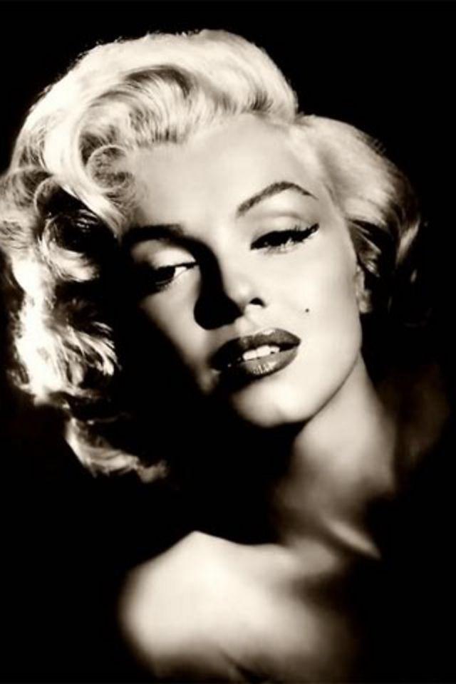 Marilyn Monroe Wallpaper