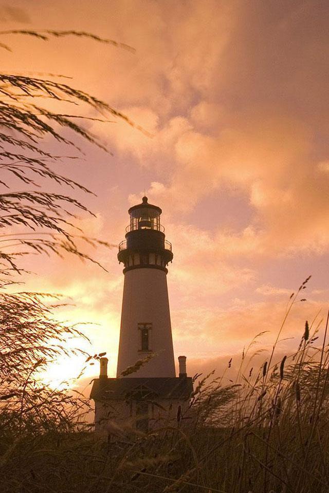 Lighthouse Wallpaper