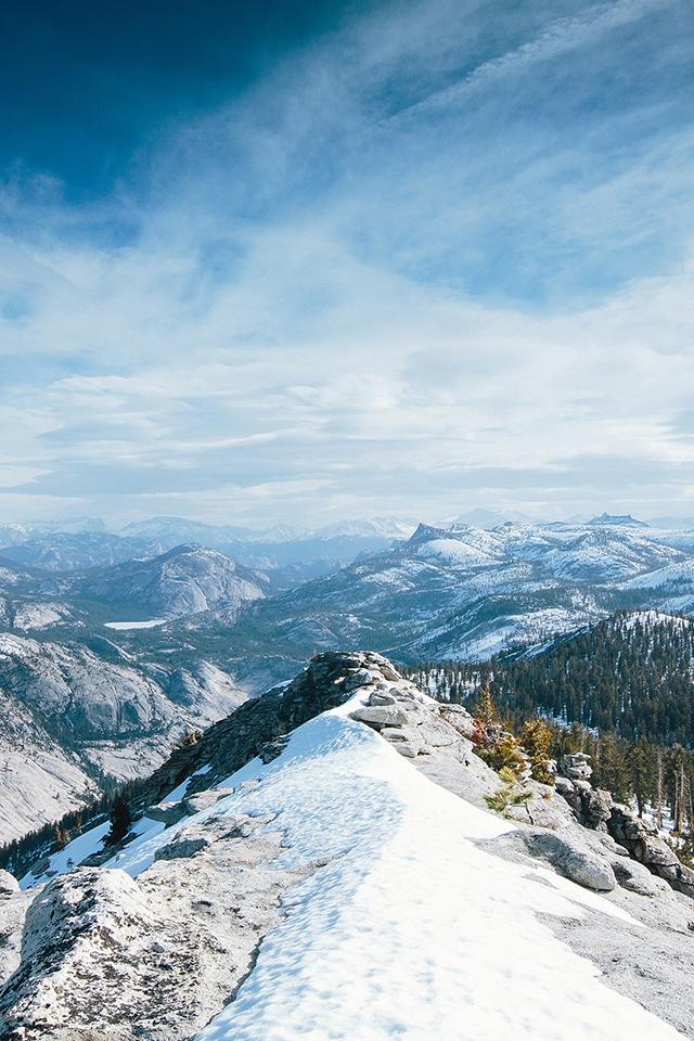 Yosemite Mountains Wallpaper