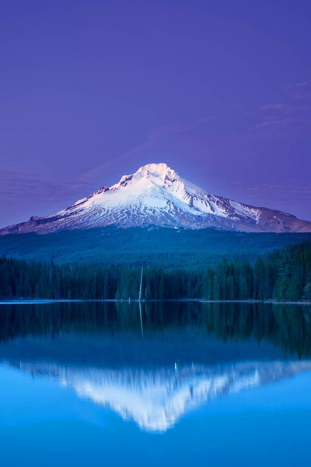 Mountain Snowscape Wallpaper