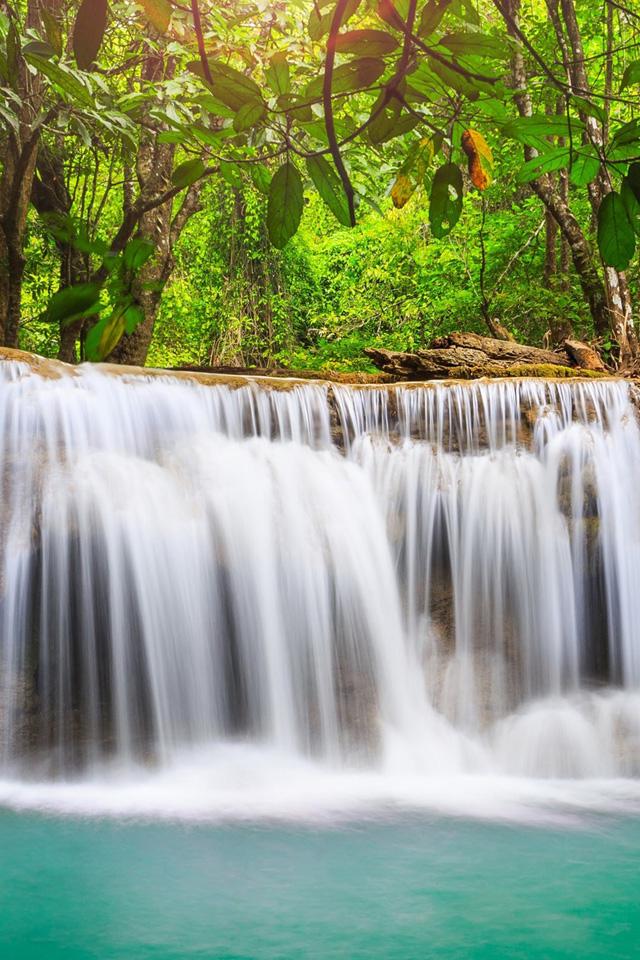 Mini Waterfalls Wallpaper