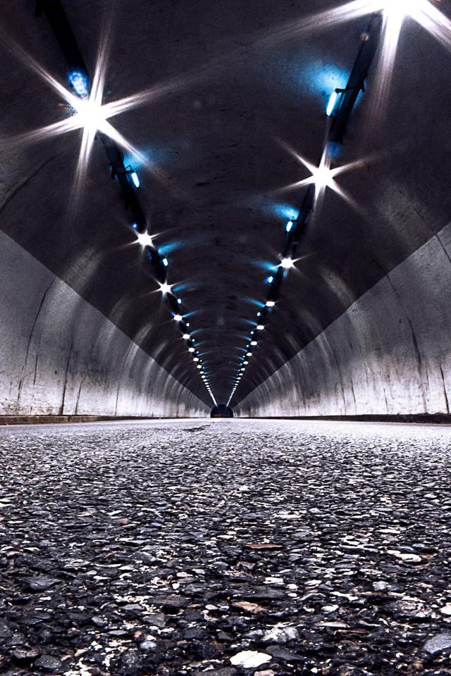 Tunnel Wallpaper
