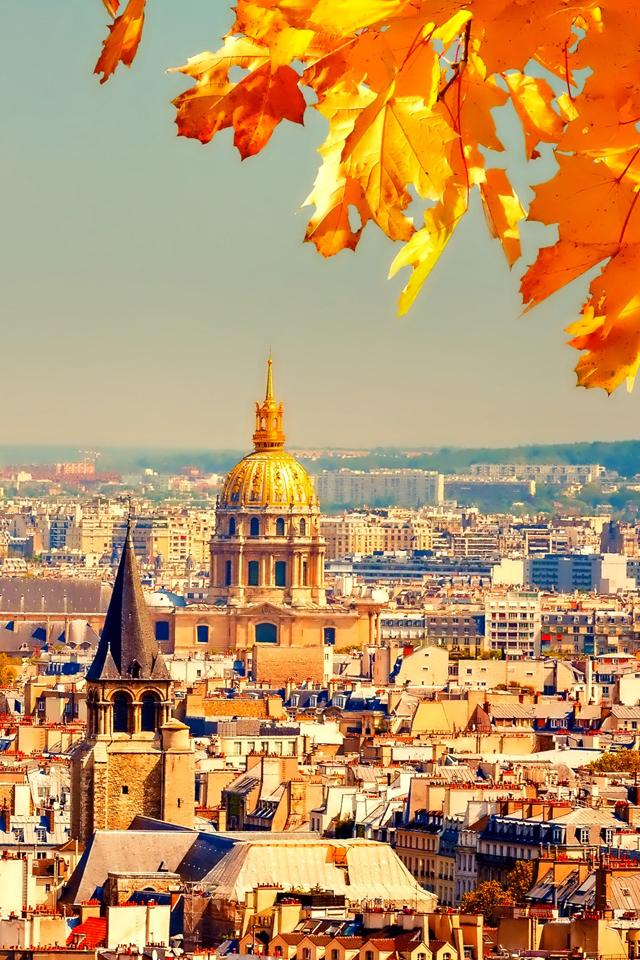Autumn in Paris Wallpaper