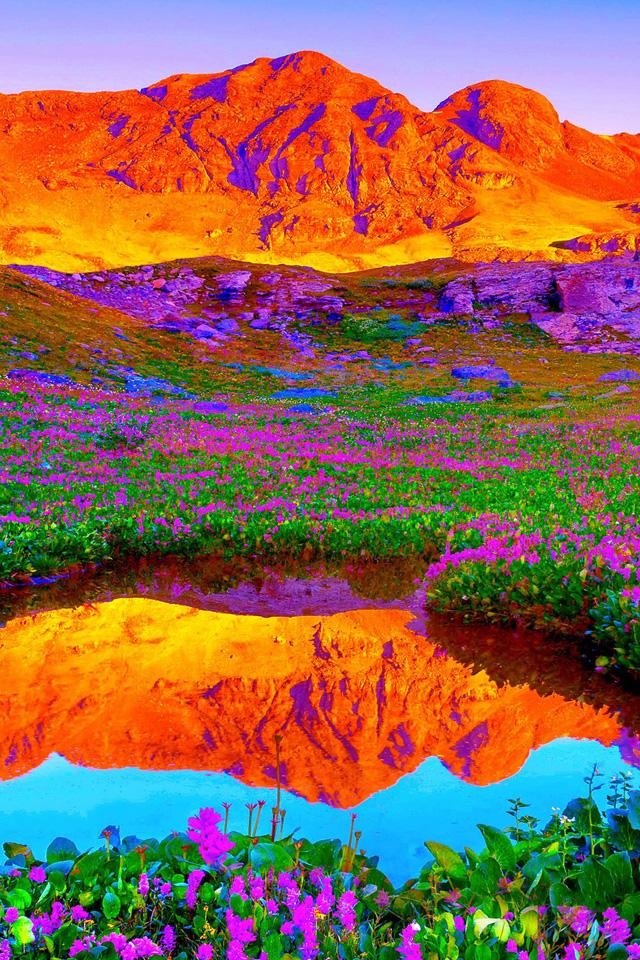 Mountain Scene Wallpaper